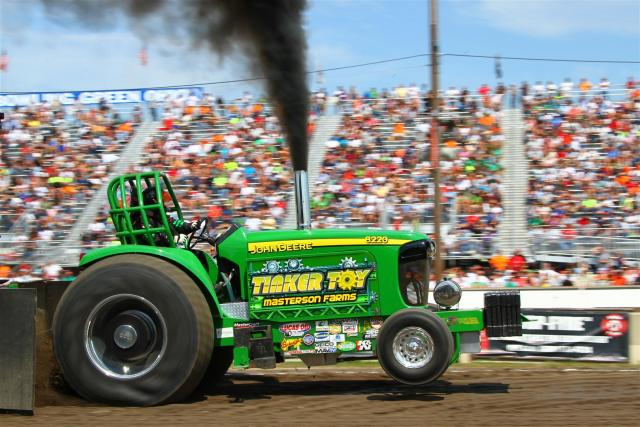 pro stock class - Tractor and truck pull club